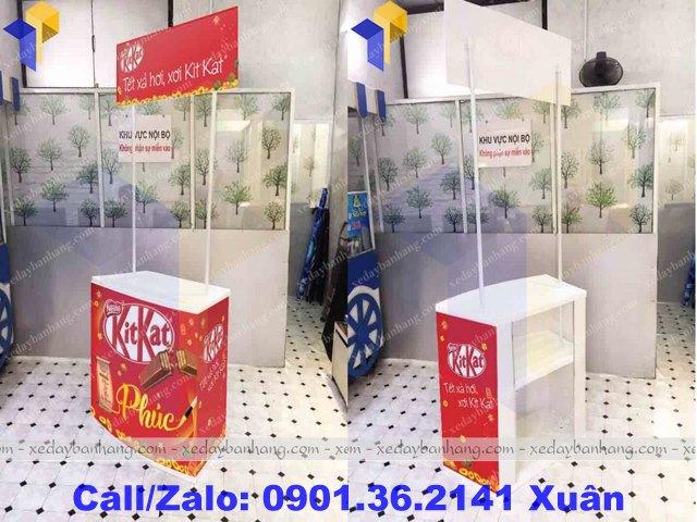 booth bán đồ ăn vặt bằng nhựa giá rẻ
